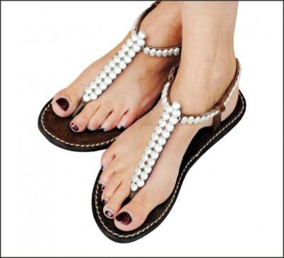 et 2011 soldes sur les chics nu pieds femme d cor es de c urs sandales en cuir femmes tongs. Black Bedroom Furniture Sets. Home Design Ideas
