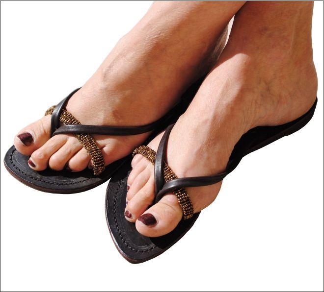 tongs en cuir d 39 t sandales en cuir femmes tongs sacs ceintures. Black Bedroom Furniture Sets. Home Design Ideas